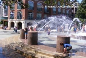 Waterfront Park splashing fun