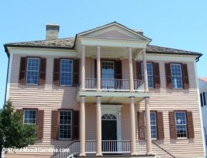 Double tiered portico facade - John Verdier House