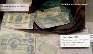 One Five Twenty Hundred Confederate dollar bills